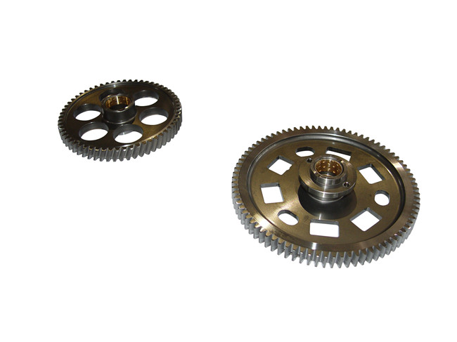 GS125从动齿轮;2.QJ265从动齿轮